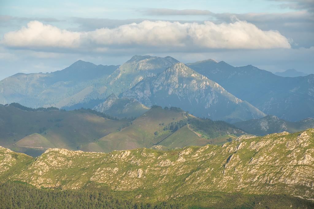 "Bergpanorama in Nordspanien: ""Picos de Europa"""
