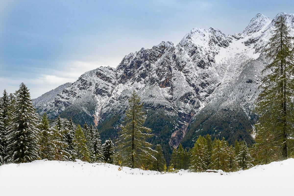 Schnee in den Alpen in Slowenien